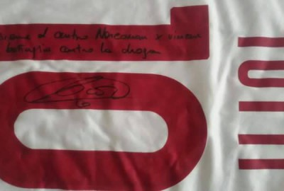 Maglia Totti Autografata per Narconon